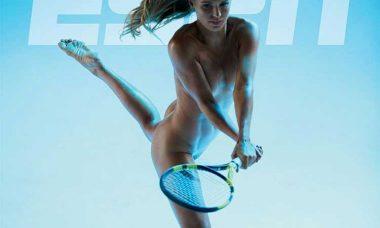 Caroline Wozniacki posa nua para revista americana