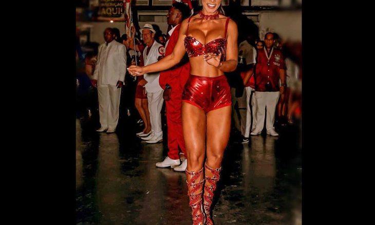 Wendy Tavares, a rainha de bateria da Gaviões da Fiel