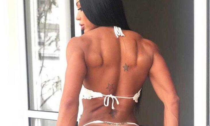 Gracyanne Barbosa exibe nova tatuagem com o nome de Belo