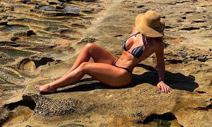 Viviane Bordin posta fotos de férias e deixa fãs de queixo caído