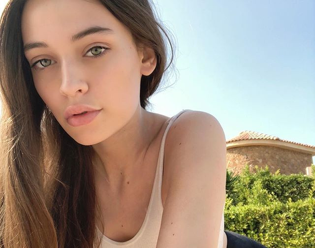 Morre Felicite Tomlinson, irma de Loiuis Tomlinson, do One Direction