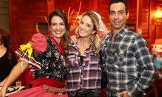 Famosos participam de festa de aniversário de Luciana Cardoso, esposa de Faustão