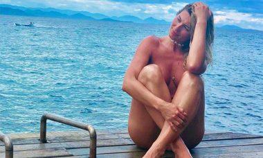 """Rosa ou Azul? Lívia Andrade posta foto nua e provoca: """"Se quiser, não visto nada"""""""