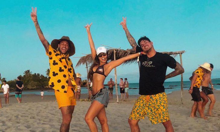 Neymar com Isabella Arantes e Gabriel Medina / Reprodução Instagram