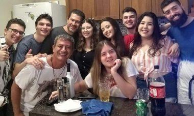 Familiares de Tom Veiga discutem sobre a divisão da partilha de bens