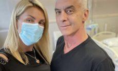 """Ana Hickmann posa com Alexandre Correa durante tratamento contra o câncer: """"Força"""""""