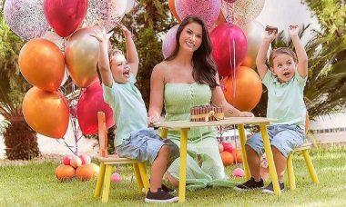 Andressa Suita celebra aniversário junto aos filhos e ganha mensagem de Gusttavo Lima