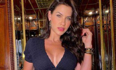 Andressa Suita exibe as curvas em novo clique no barco de luxo de Gusttavo Lima