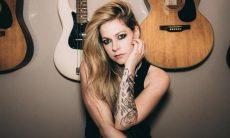 Homem invade mansão de Avril Lavigne e posta fotos do local na web