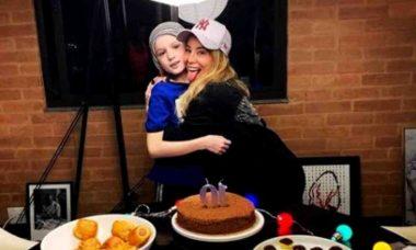 Danielle Winits celebra o aniversário do filho: 'amor incondicional'