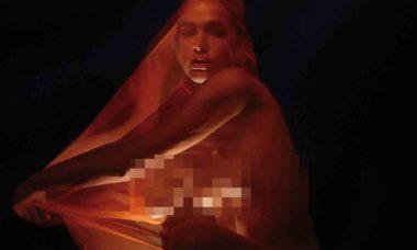 Bruna Marquezine posa com os seios de fora em foto inédita de ensaio. Foto: Reprodução Instagram