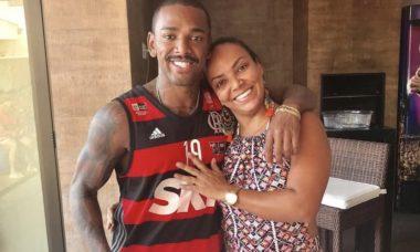 Mãe de Nego do Borel está sendo investigada pela agressão de uma criança de 8 anos