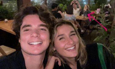 Sasha Meneguel e marido são surpreendidos ao tirar selfie romântica