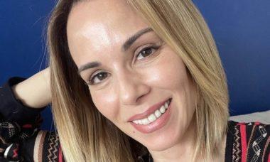 Ana Furtado posta selfie sem filtros e beleza natural impressiona