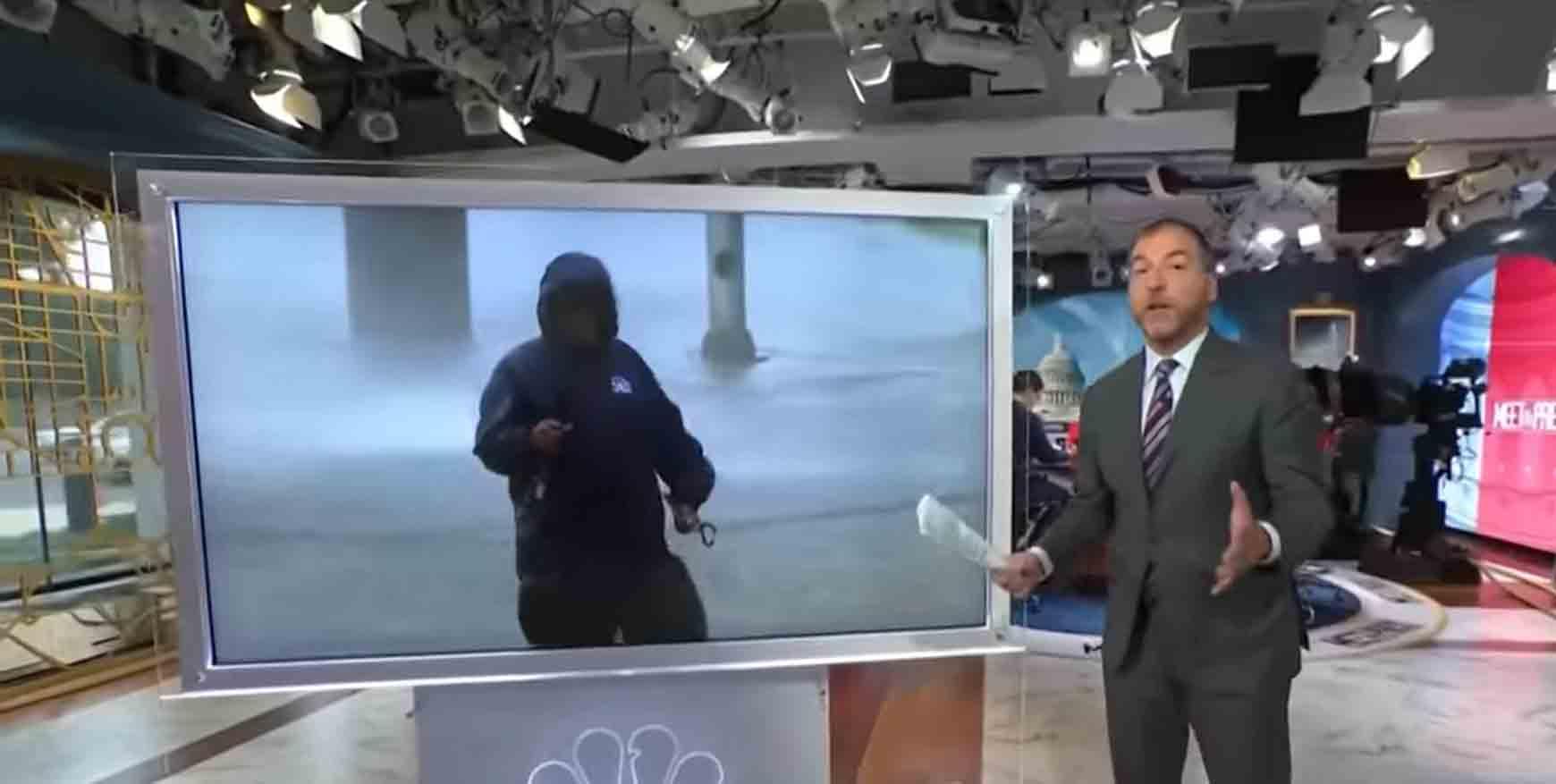 Vídeo: Repórter é atingido por ondas e ventos de furacão durante transmissão ao vivo. Foto: Reprodução Youtube