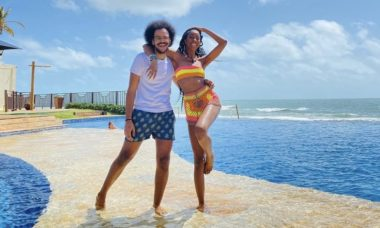 """João Luiz e Camilla de Lucas se reencontram em parque aquático: """"Encontro dos gêmeos"""""""
