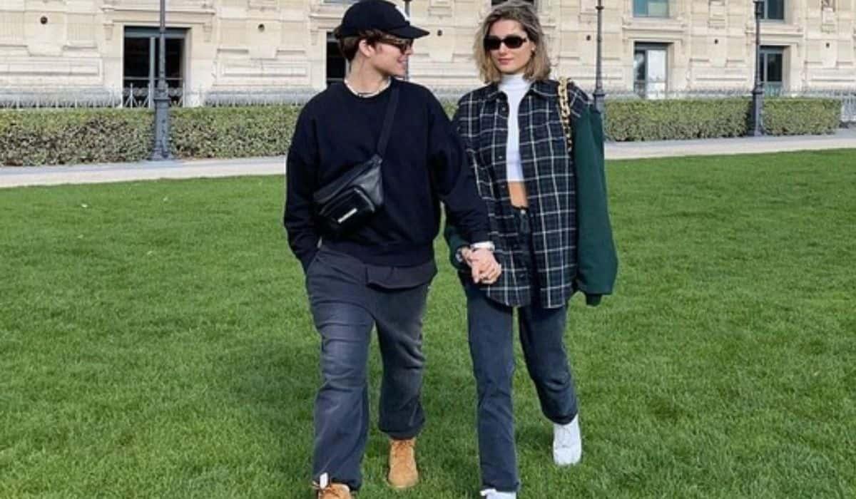 João Figueiredo e Sasha curtem passeio durante viagem por Paris