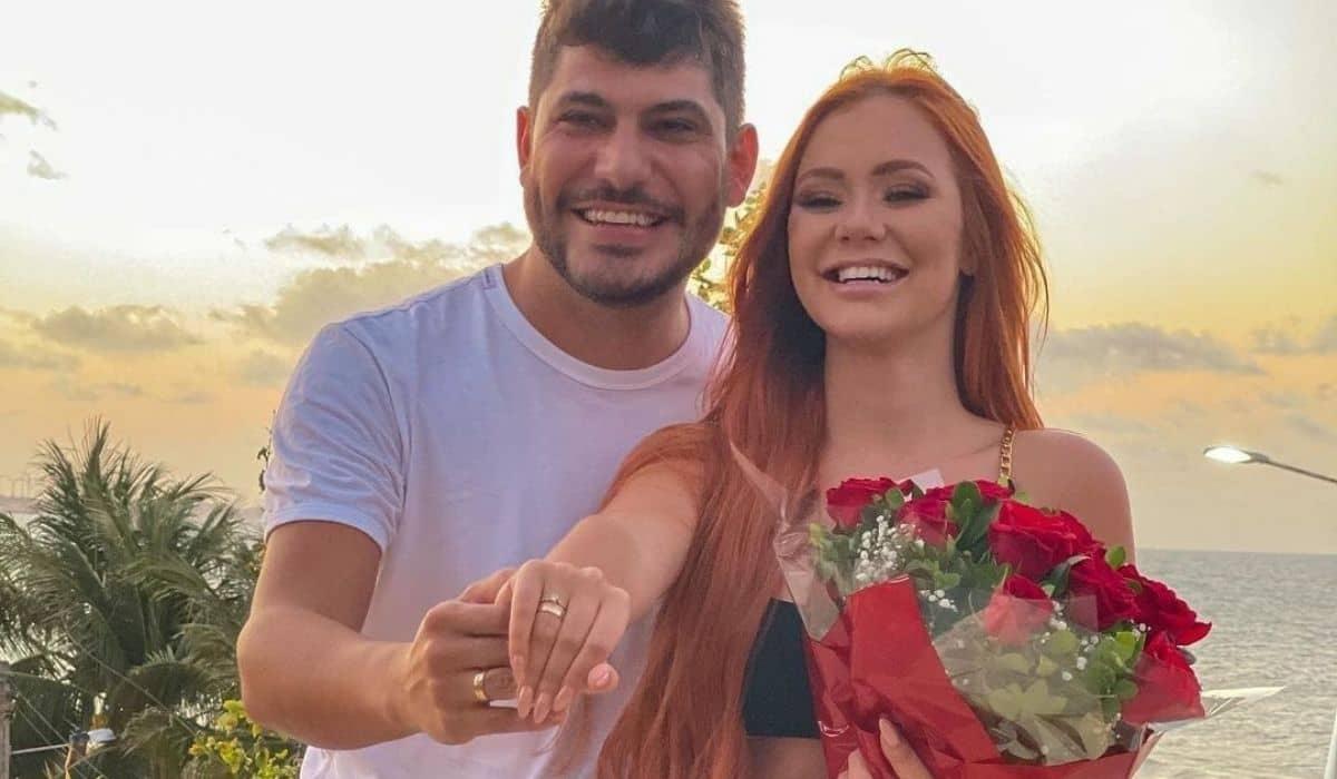 Mirela Janis vai se casar com Yugnir após reatar relação pela segunda vez
