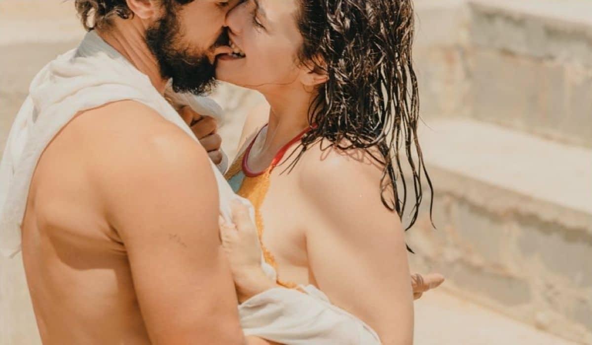 Paloma Duarte e Bruno Ferrari posam em ensaio sensual: 'louca por você'