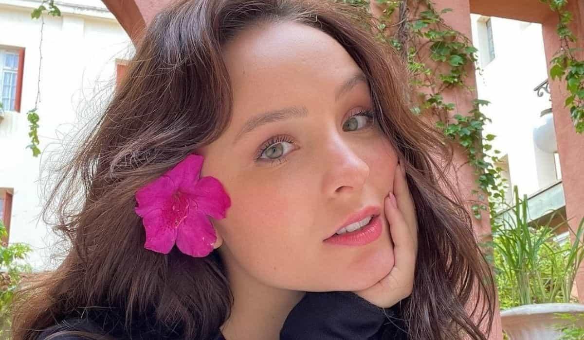 Larissa Manoela sobre ex namorados: 'se fosse bom Deus não mandava amar o próximo'