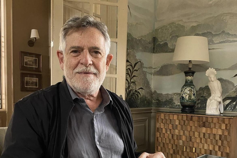 "José de Abreu anuncia carreira política: ""Reconstruir o Brasil"""